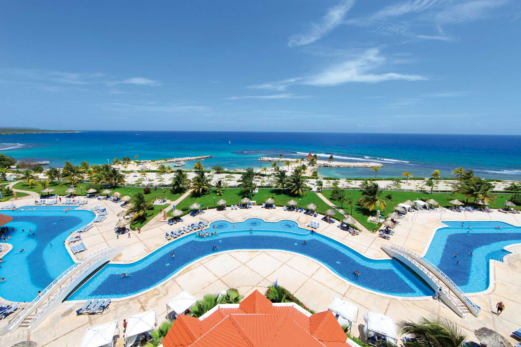 Luxury bahia principe jamaica runaway bay bahia for All inclusive luxury beach resorts